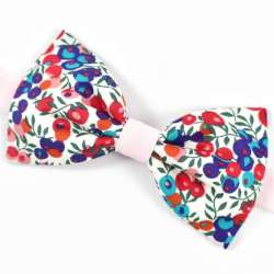 Noeud papillon Bicolore Liberty Wiltshire bleu et rose fleurs rouge FIL GOOD Made in France